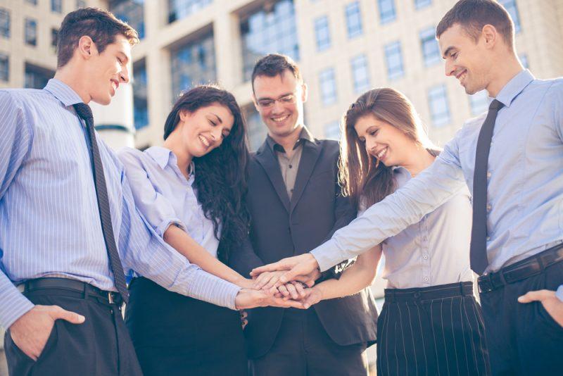 Para ter um time vencedor, engajar equipe é essencial. Aprenda aqui!