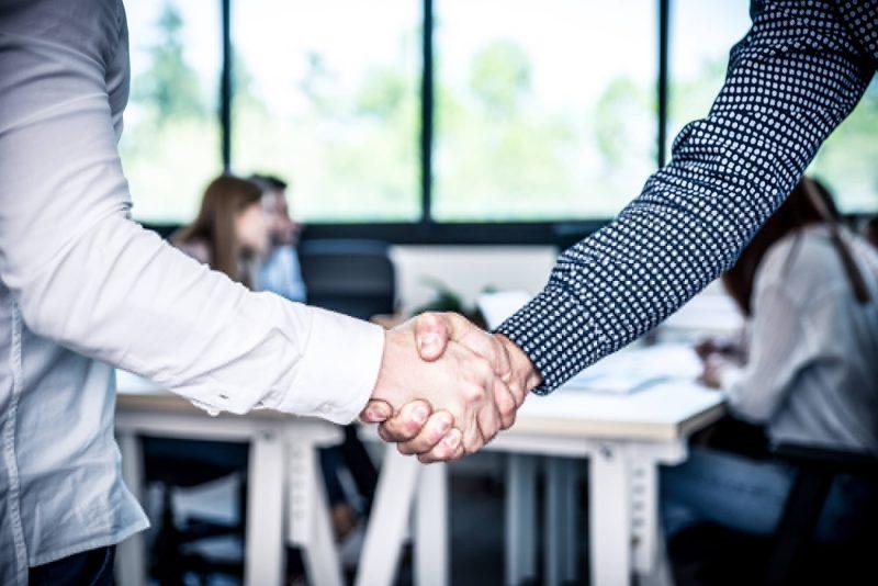 Melhore o relacionamento com investidores em 4 passos